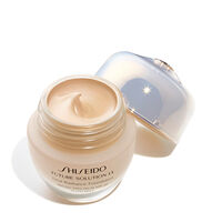 Total Radiance Foundation SPF 20, G3